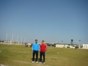 20-krotny reprezentant Polski Ryszard Komornicki (z lewej) przez rok pracował w El Gouna FC